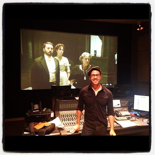 Jeremy Piven looked satisfied at the wrap of his miniseries, Mr. Selfridge. Source: Instagram user howulivinjpiven