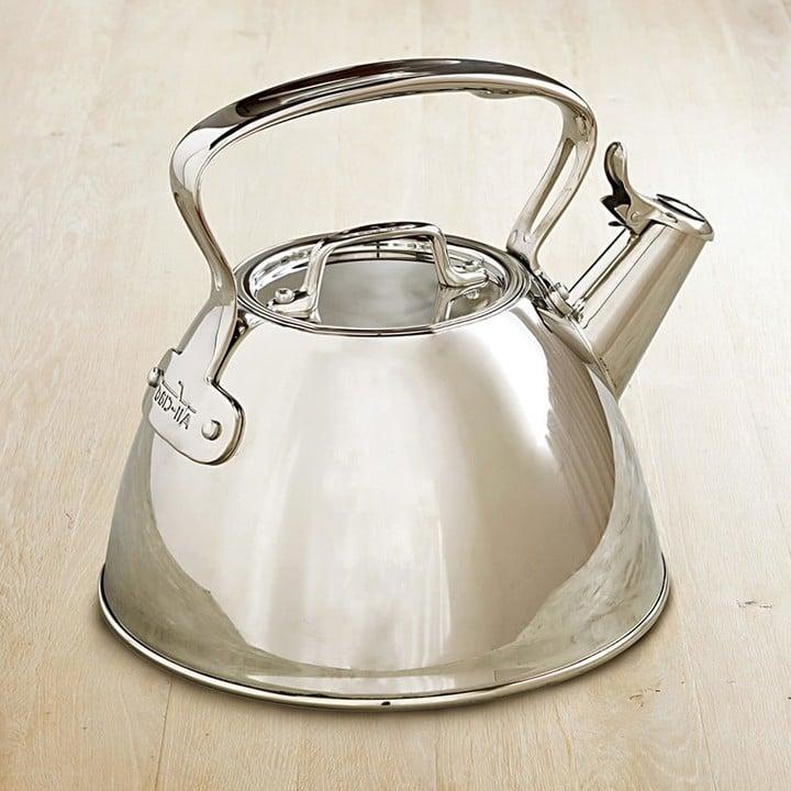 إبريق شاي غير القابل للصدأ من علامة All-Clad