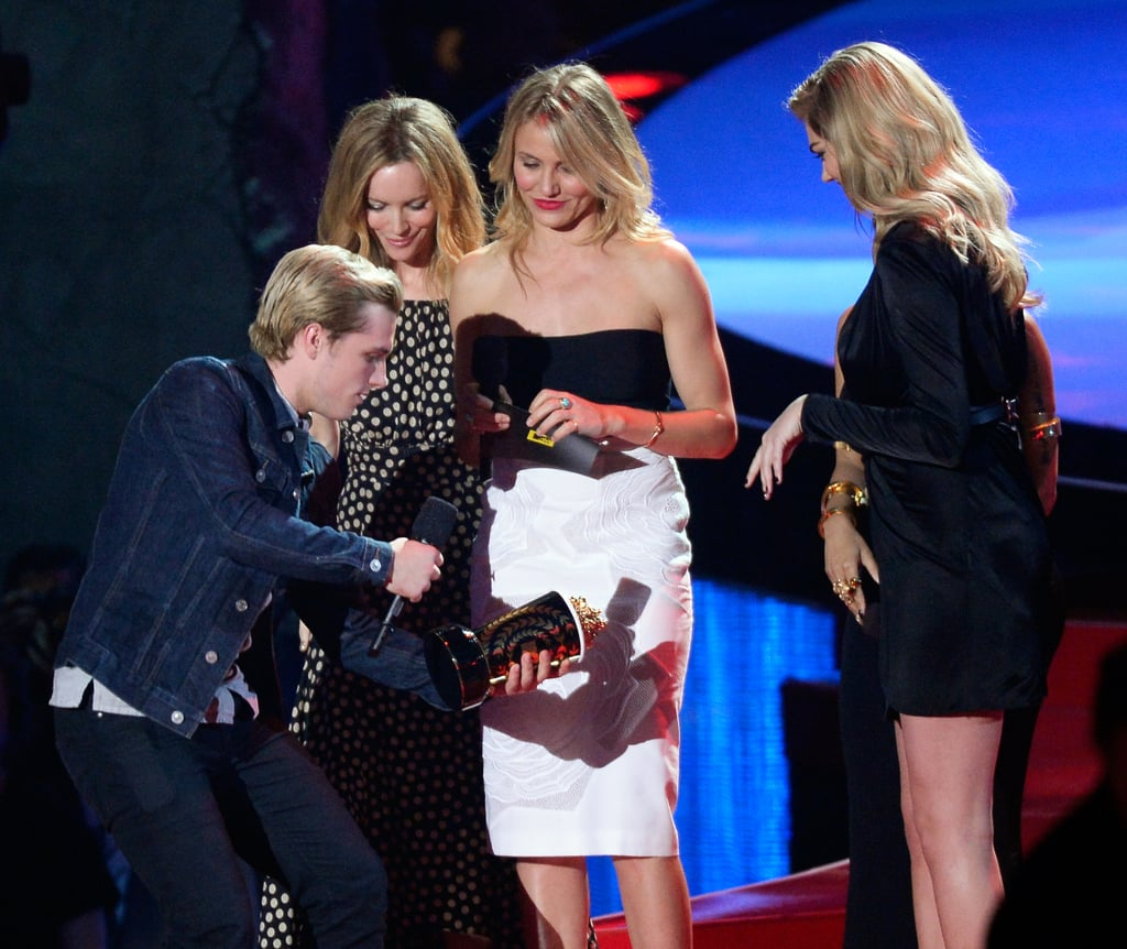 Most Blatant Reminder of Josh Hutcherson's Height: All the Stars of The Other Woman