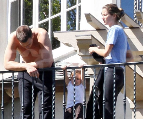 Photo of Shirtless Tom Brady and Gisele Bundchen With John Moynahan in LA