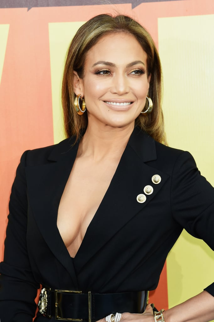 Jennifer Lopez Is the Queen of Sexy Red Carpet Beauty