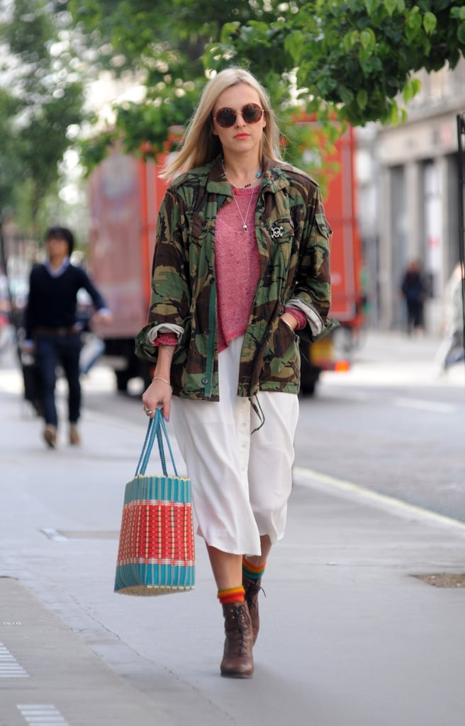 Fearne Cotton's colorful striped tote brightened up her layered daytime look.