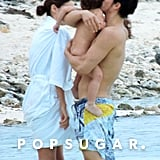 Orlando Bloom gave Flynn a kiss in the water.