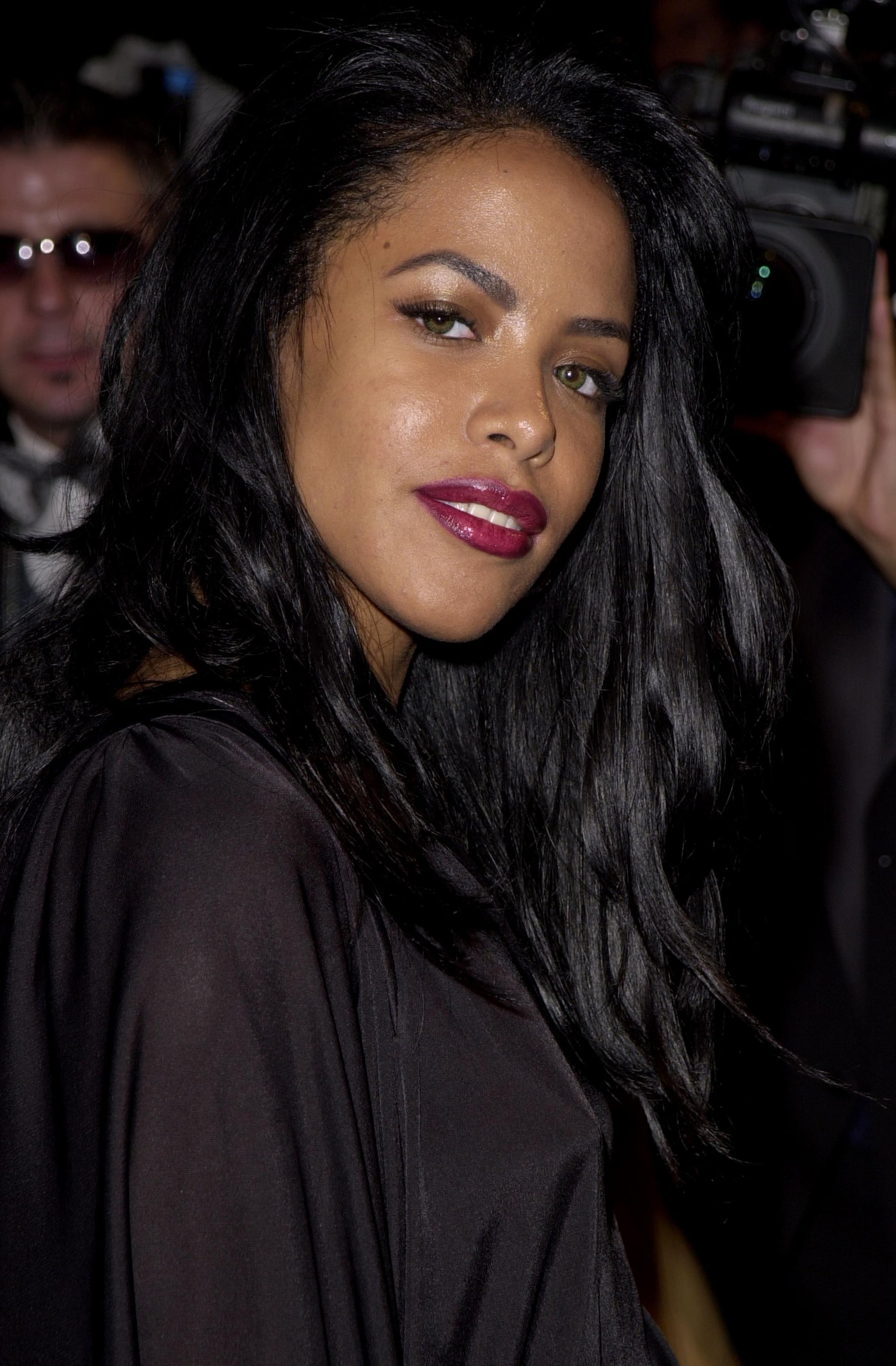 Aaliyah during 2001 Vanity Fair Oscar Party - Arrivals at Morton's Restaurant in Beverly Hills, California, United States. (Photo by J. Vespa/WireImage)