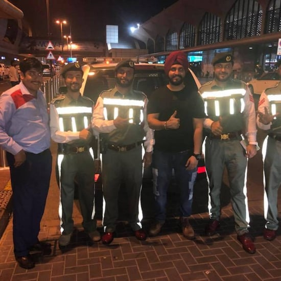شرطة دبي تعيد لسائح هندي هاتفه الآيفون