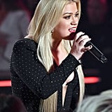Kelly Clarkson Got Appendix Removed After 2019 BBMAs