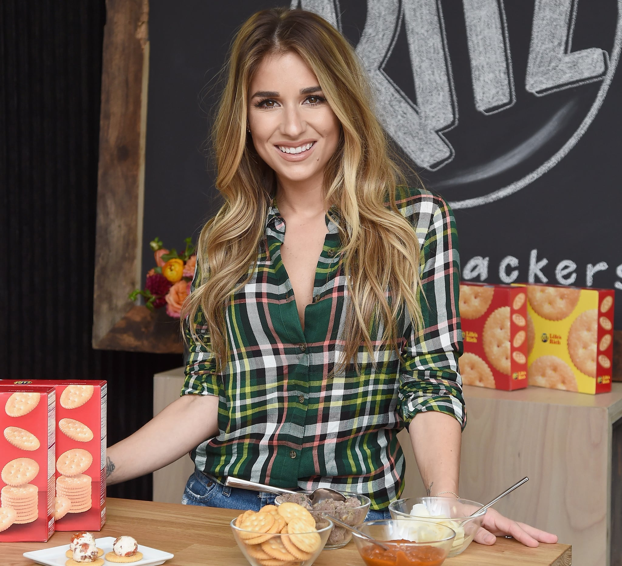Jessie James Decker Cooking Show
