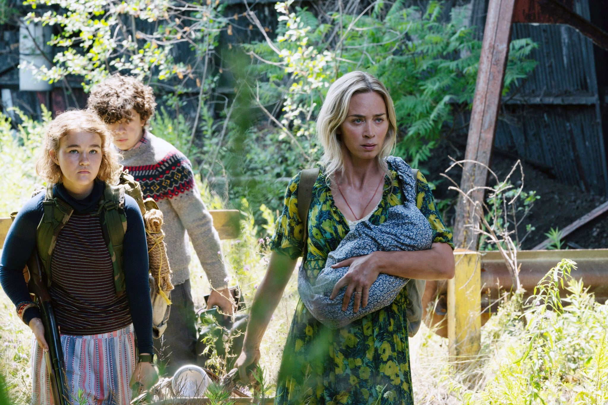 A QUIET PLACE PART II, (aka A QUIET PLACE PART 2), from left: Millicent Simmonds, Noah Jupe, Emily Blunt, 2020. ph: Jonny Cournoyer /  Paramount Pictures / courtesy Everett Collection