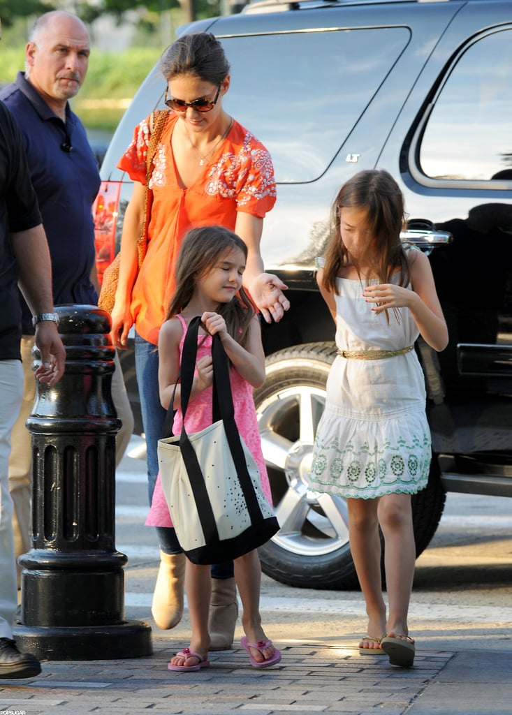 Katie Holmes directed Suri Cruise in the right direction.