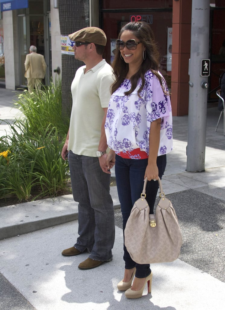 "Nick Lachey and Vanessa Minnillo held hands leaving lunch in Beverly Hills yesterday. Vanessa's been keeping busy during her pregnancy while also filming upcoming episodes of her prime-time game show, Wipeout. Meanwhile Nick is fully engrossed in the baseball season and supporting the Reds. Nick visited Cleveland over the weekend and led his hometown crowd in singing ""Take Me Out to the Ballgame."" Baseball's not the only thing on Nick's mind however, he's also reading up on becoming a first-time dad. Nick just finished Dad's Pregnant Too, a guide for expecting dads-to-be, which he called a ""great read"" for guys prepping for fatherhood."