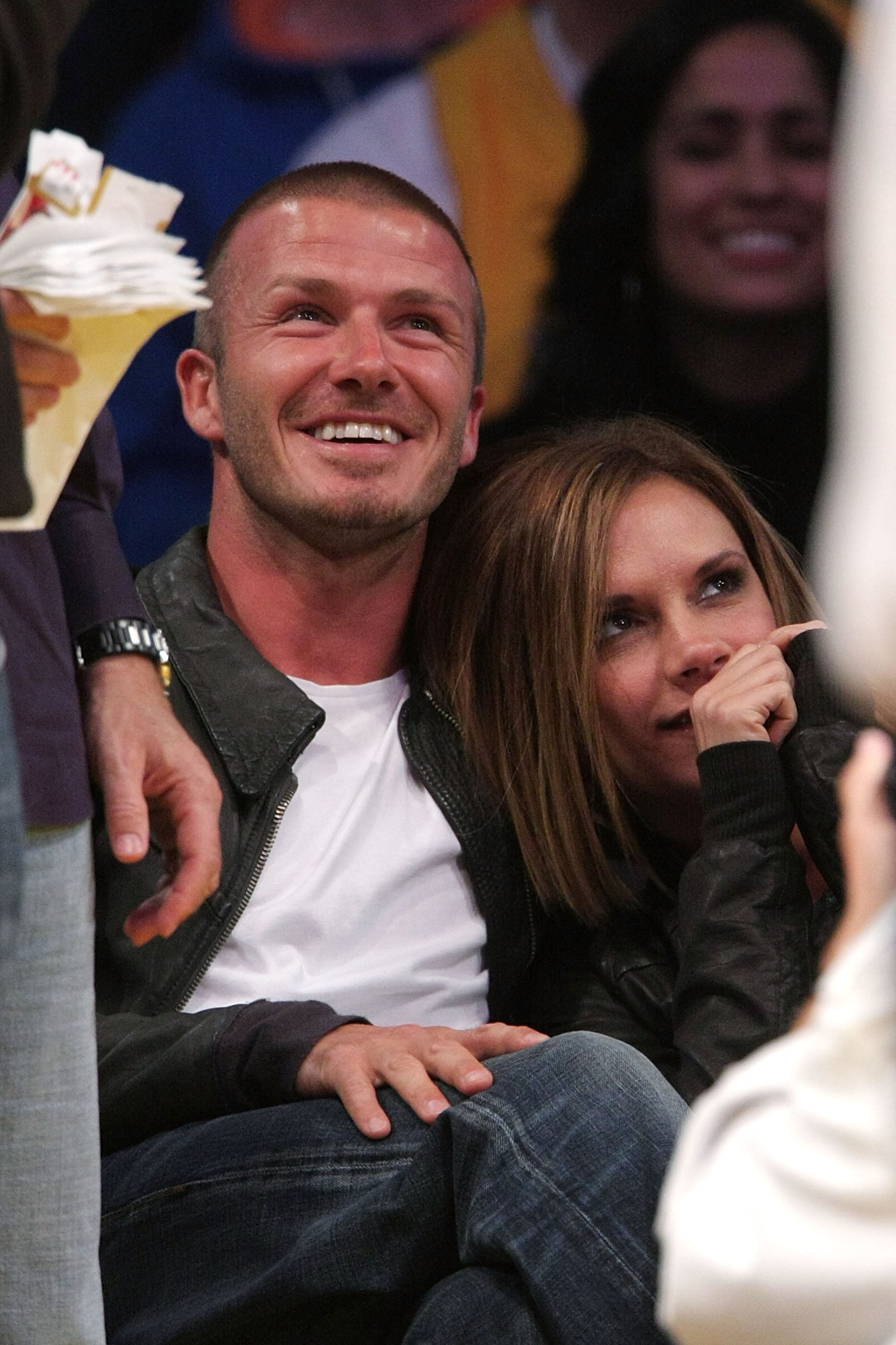 They showed love for their new town in May 2008 as they cuddled up at a Lakers game.