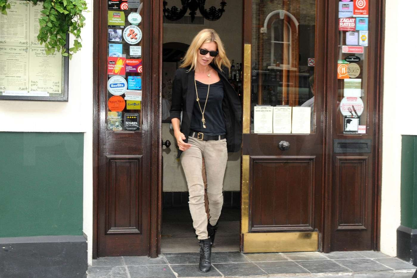 Pictures of Kate Moss Out to Lunch in London