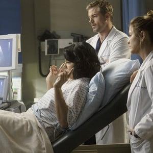 Callie Is Pregnant On Grey S Anatomy Popsugar Family