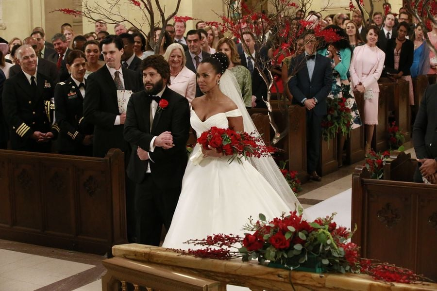 olivia popes wedding dress on scandal popsugar fashion