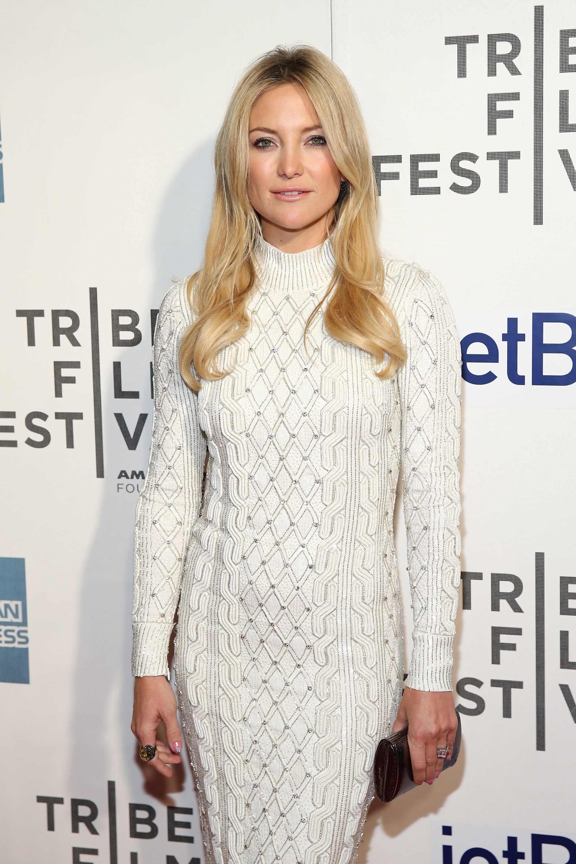 Kate Hudson Wears White For Her Premiere Night With Matthew