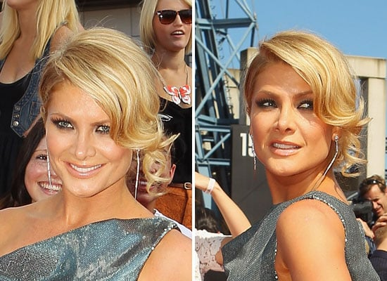 Pictures of Natalie bassingthwaighte's Hair and Makeup from the 2011 ARIA Awards