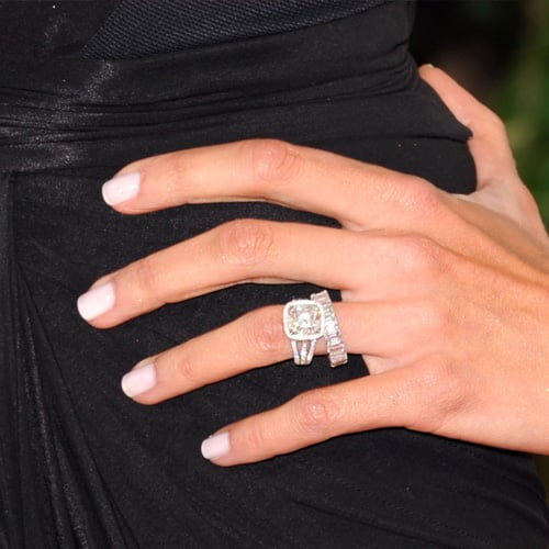 sofia vergara manicures at the golden globes in 2011 popsugar beauty photo 27 - Giuliana Rancic Wedding Ring