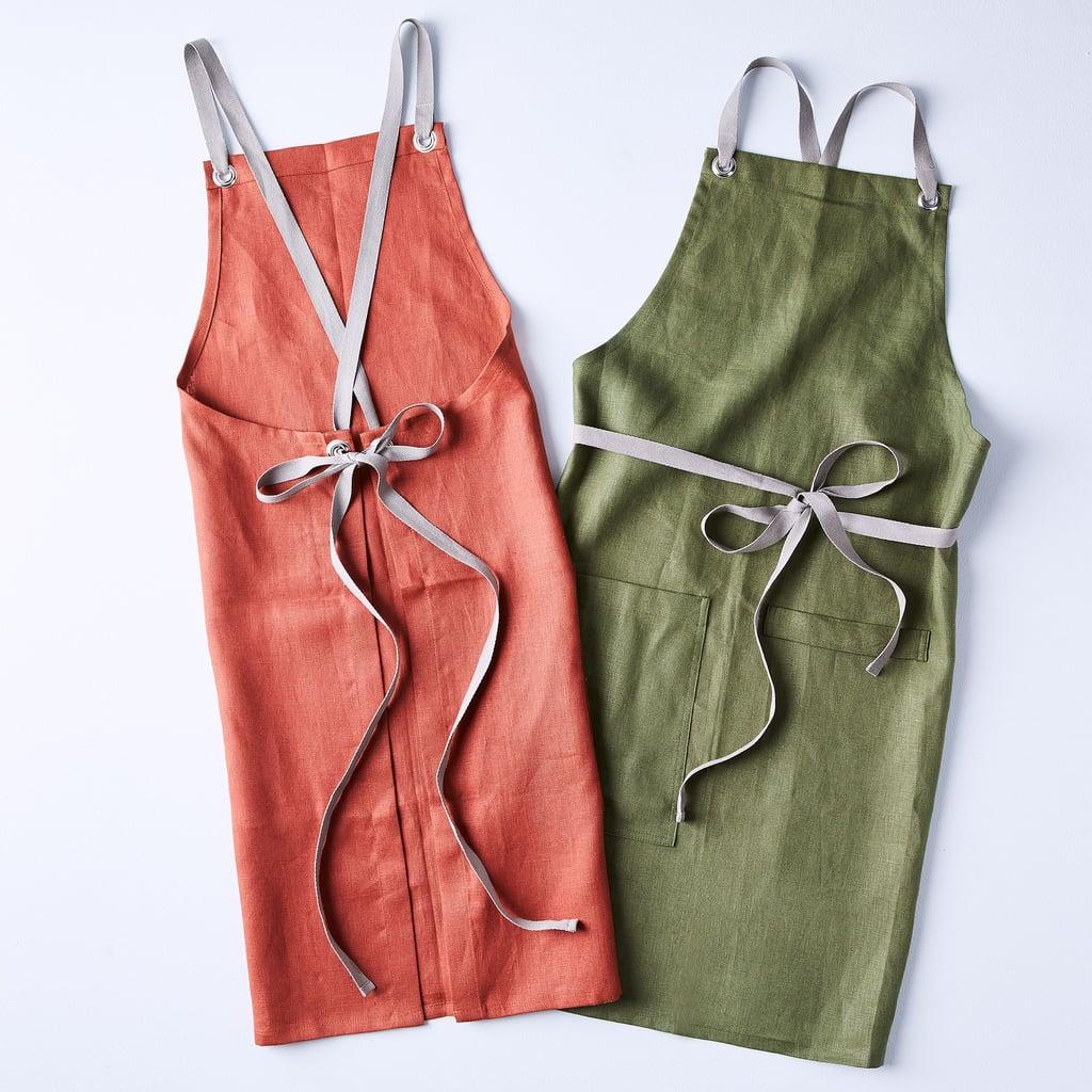 Studiopatró Cross-Back Linen Kitchen Aprons