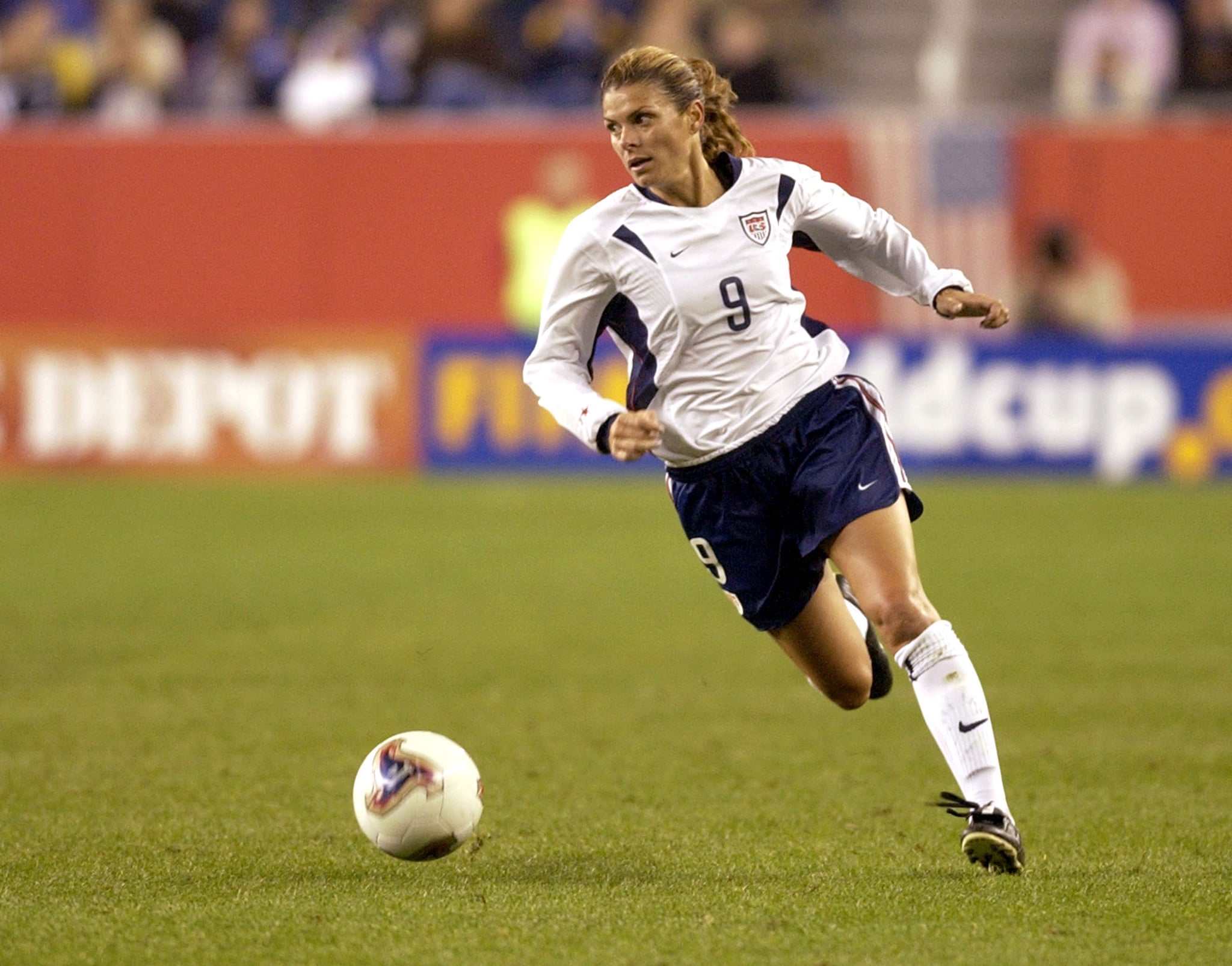 United States  forward Mia Hamm breaks upfield    October 1, 2003 at Gillette Stadium, Foxboro, Massachuttes, during the quarterfinals  of the FIFA Women's  World Cup USA 2003.   The U. S. defeated Norway 1 - 0. (Photo by A. Messerschmidt/Getty Images)