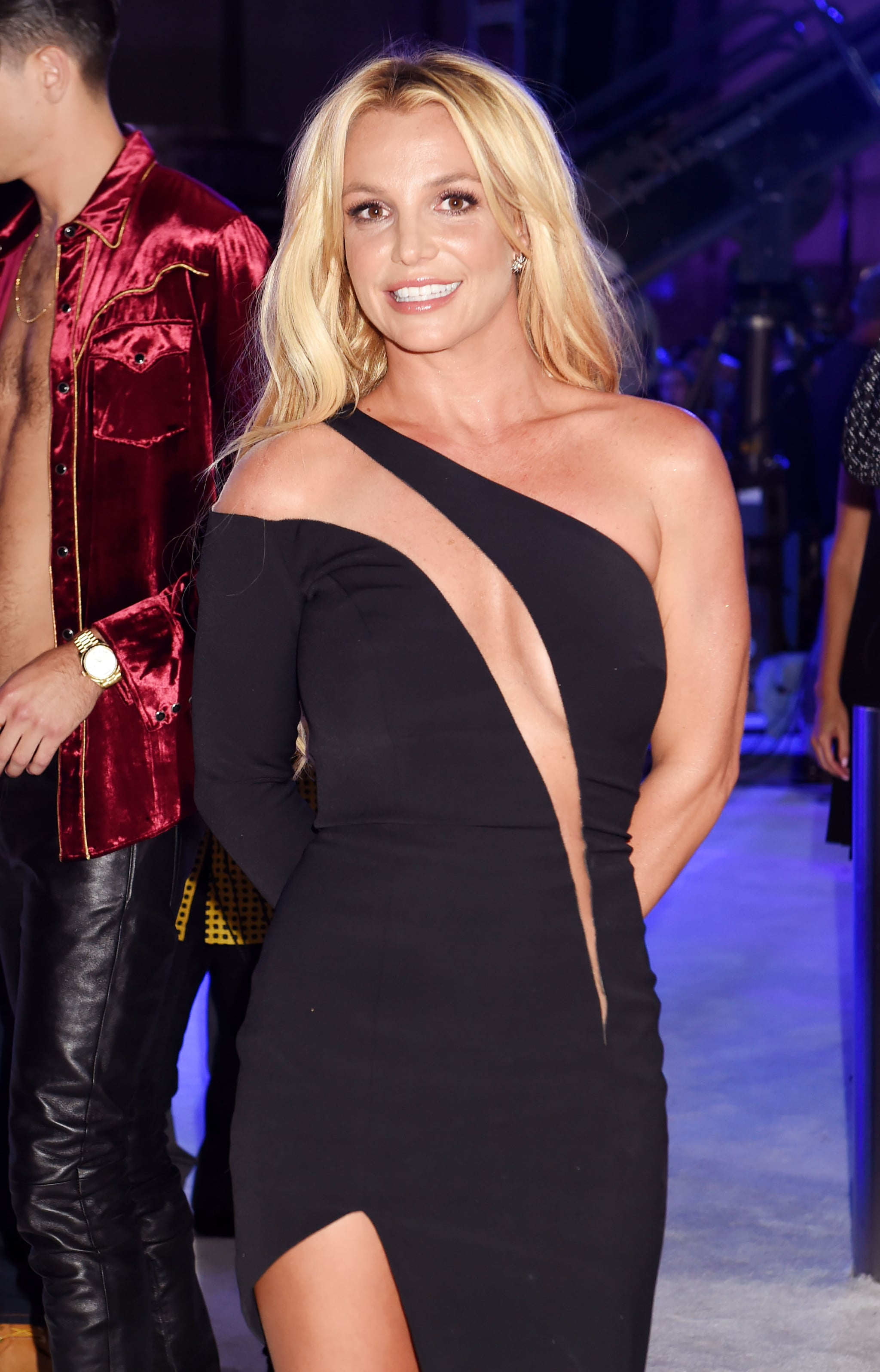 Britney Spears | See Every Stunning Beauty Look on the 2016 MTV VMAs Red  Carpet | POPSUGAR Beauty Photo 2