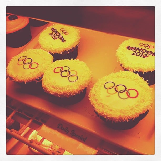 The Office's Angela Kinsey shared a photo of Olympic-themed cupcakes. Source: Instagram User angekinz