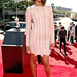 Zoe Saldana arrived on the red carpet at the VMAs.