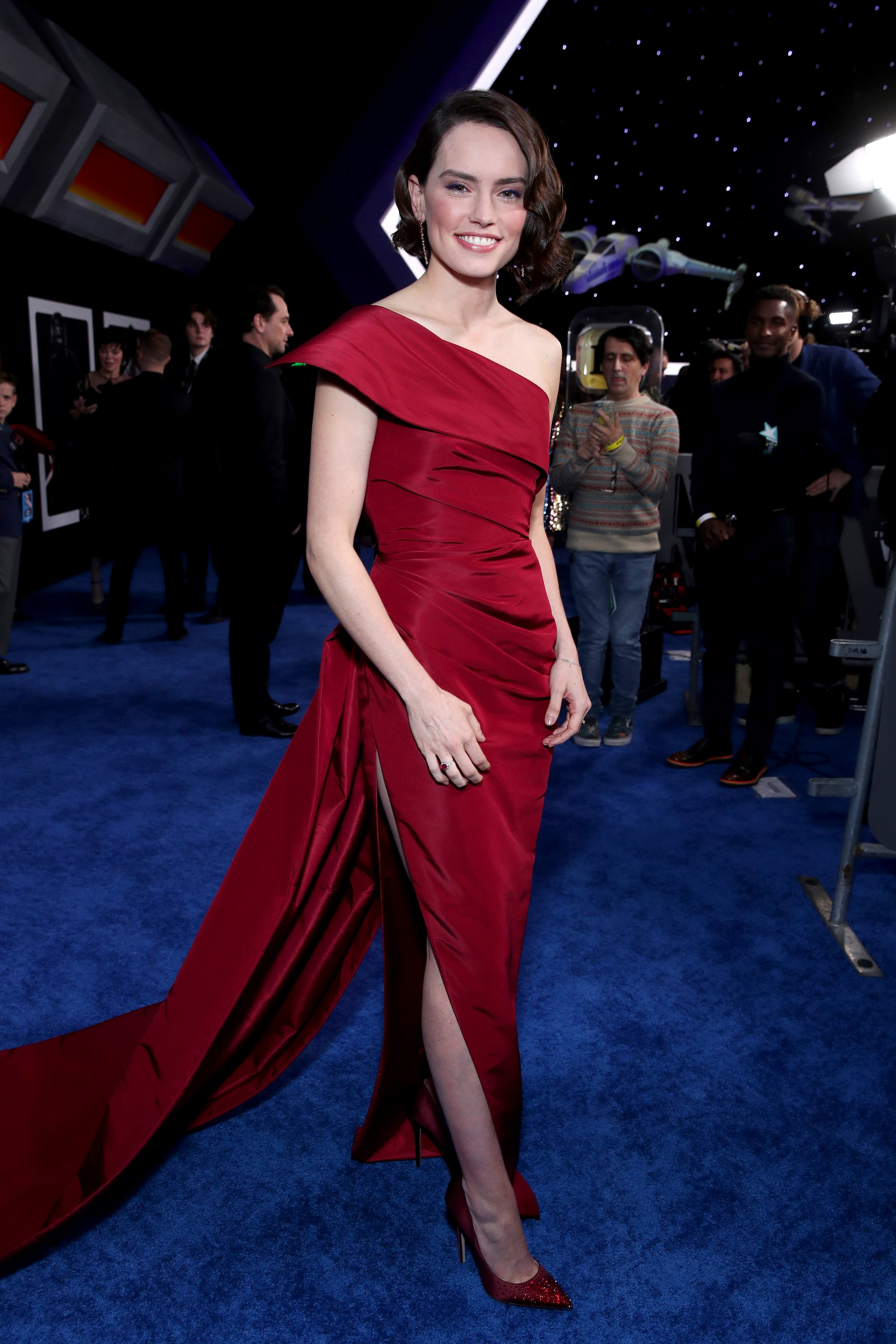 Daisy Ridley At The Star Wars The Rise Of Skywalker Premiere In La Celebrities Were Out In Full Force For The Star Wars The Rise Of Skywalker World Premiere Popsugar