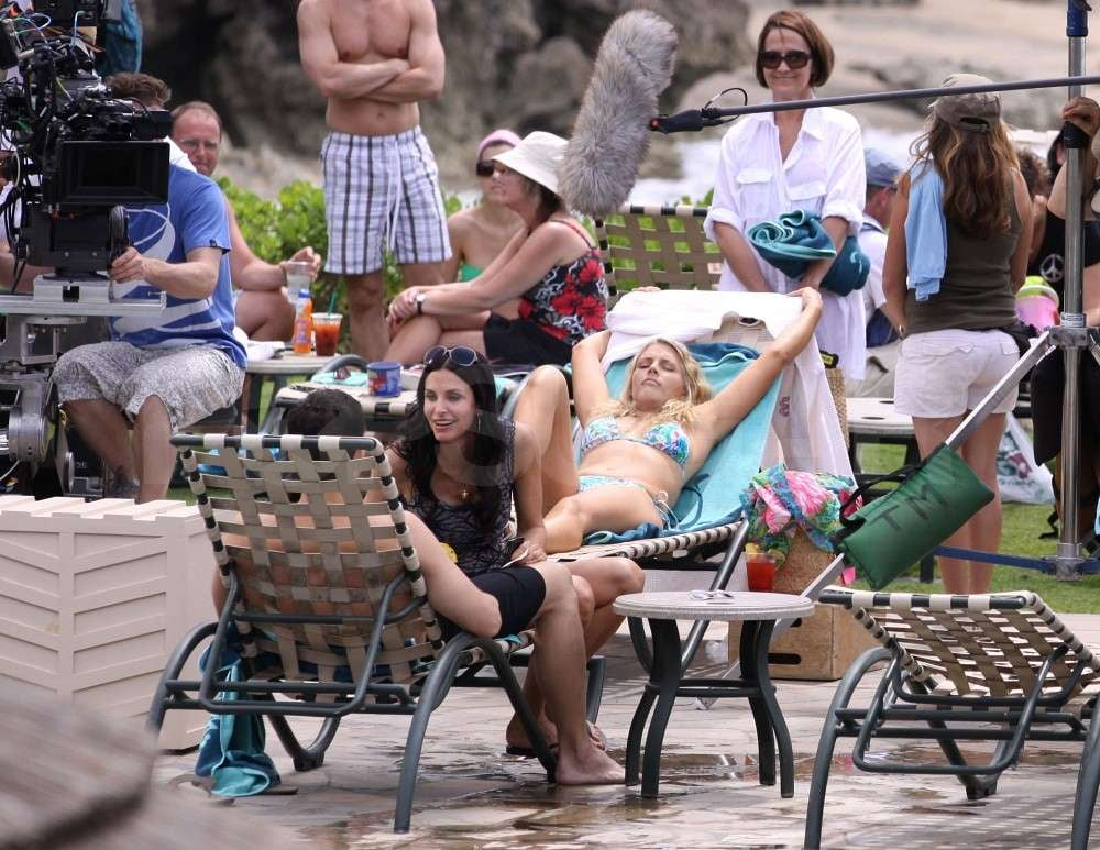 Courteney Cox Kisses Her Costar in Bikinis With Busy!