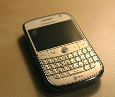 Photos of the BlackBerry Bold 9000