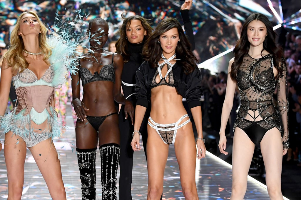 7ceb43c7f Victoria s Secret Fashion Show Runway Pictures 2018