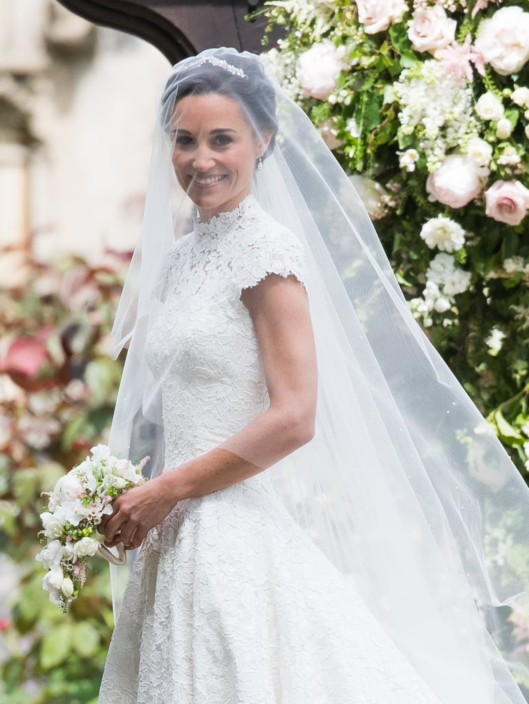 Pippa middleton 39 s wedding dress popsugar fashion australia for Wedding dress like pippa middleton