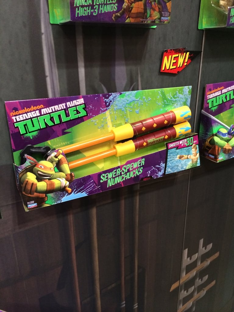 Teenage Mutant Ninja Turtles Sewer Spewer Nunchucks
