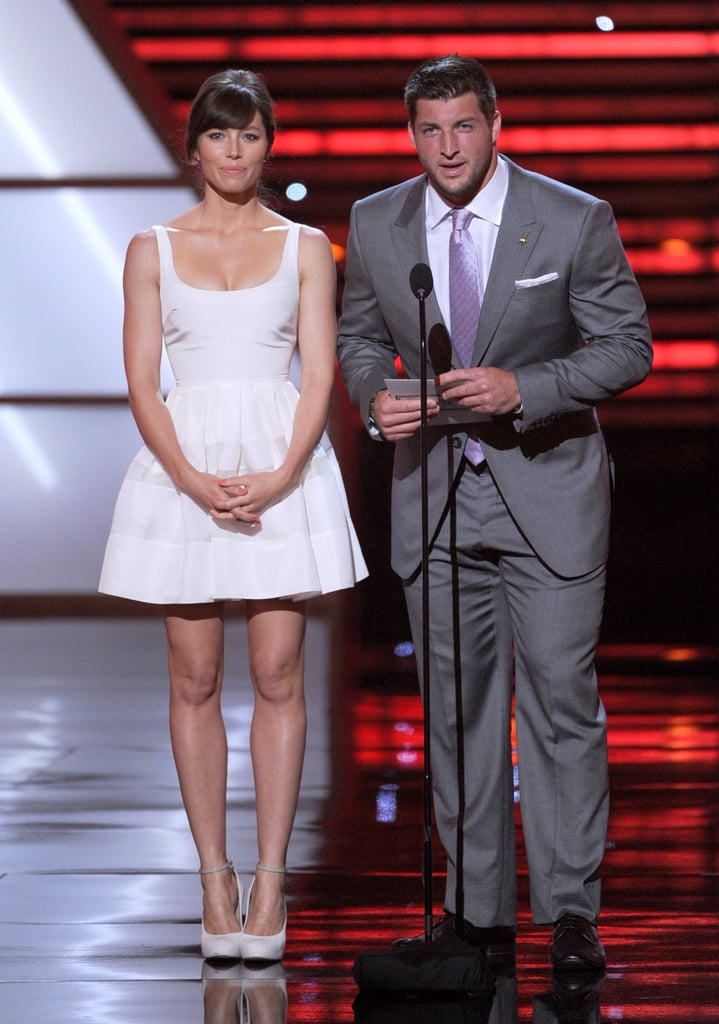 Jessica Biel and Tim Tebow presented the breakout athlete of the year award.