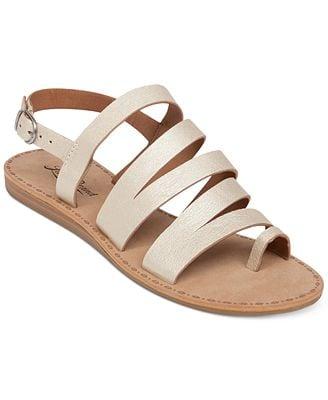 d831f4fa9ec Lucky Brand Fairfaxx Toe Thong Sandals