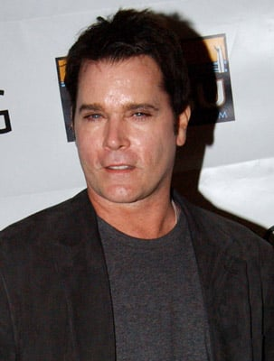 Sugar Bits - Ray Liotta Arrested for DUI