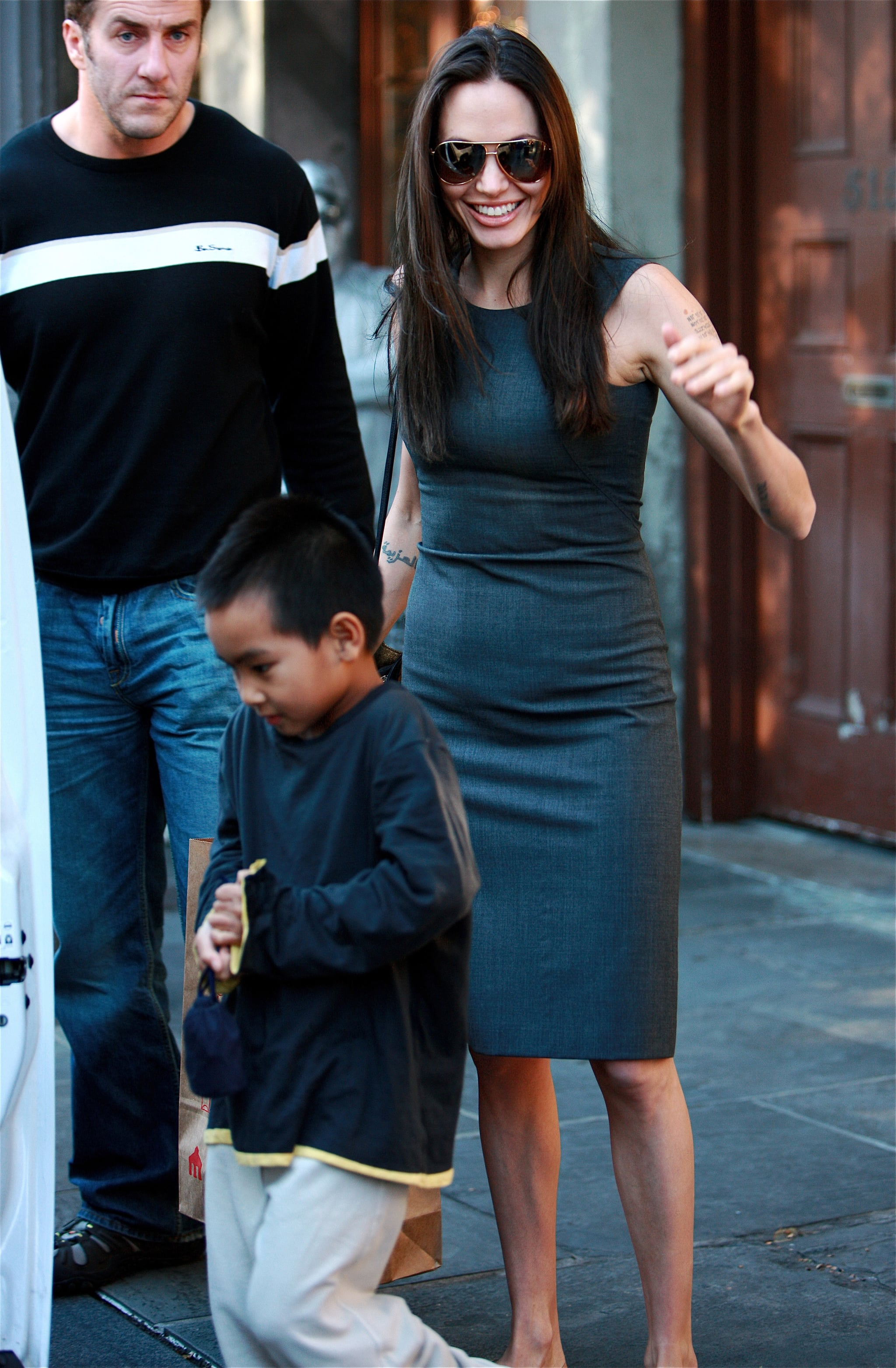 Exclusive Auto Sales >> Photos of Angelina Jolie and Maddox Jolie-Pitt in New ...