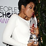 Jennifer Hudson Smooched Her People's Choice Award
