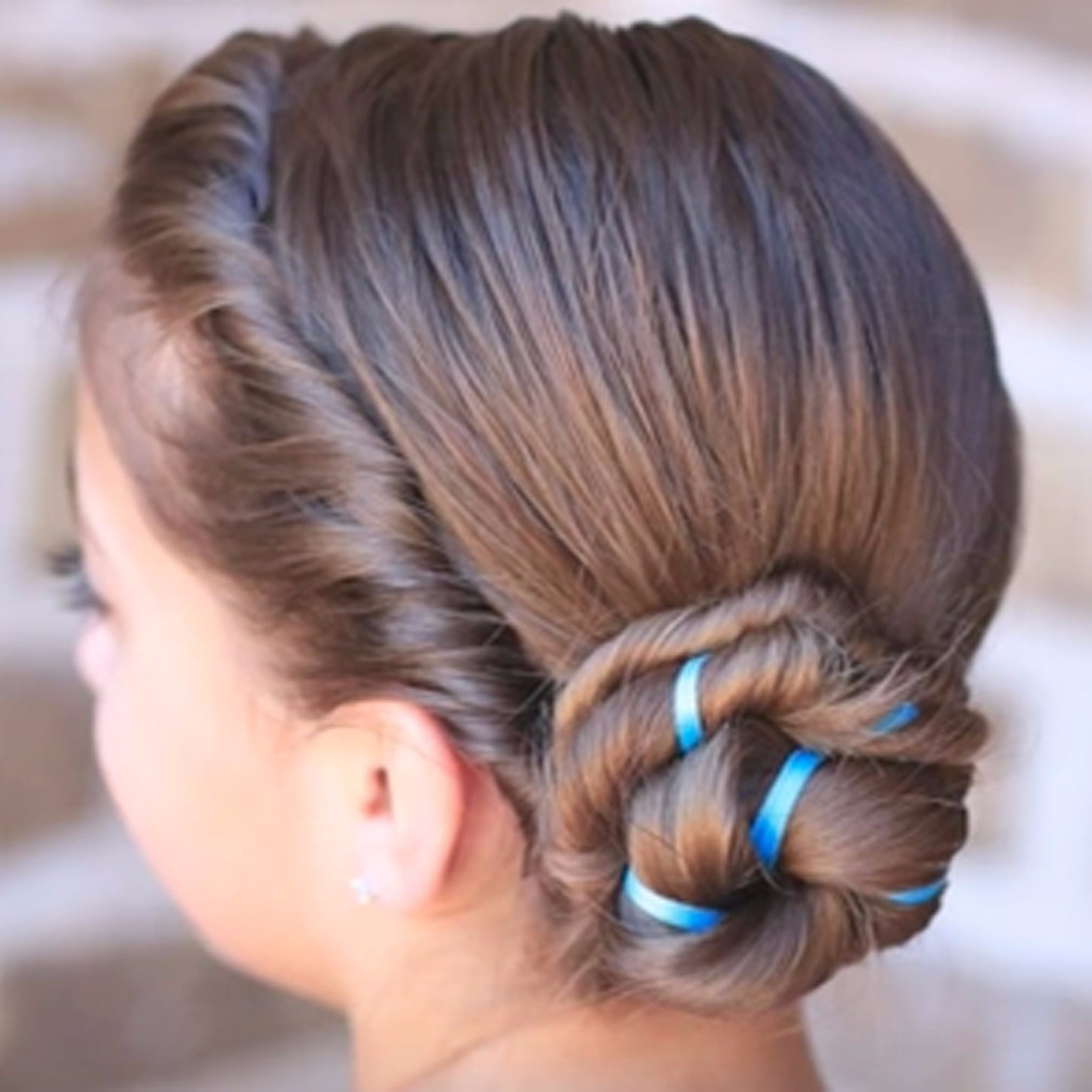 How To Do Your Hair Like Anna And Elsa From Frozen Popsugar Moms