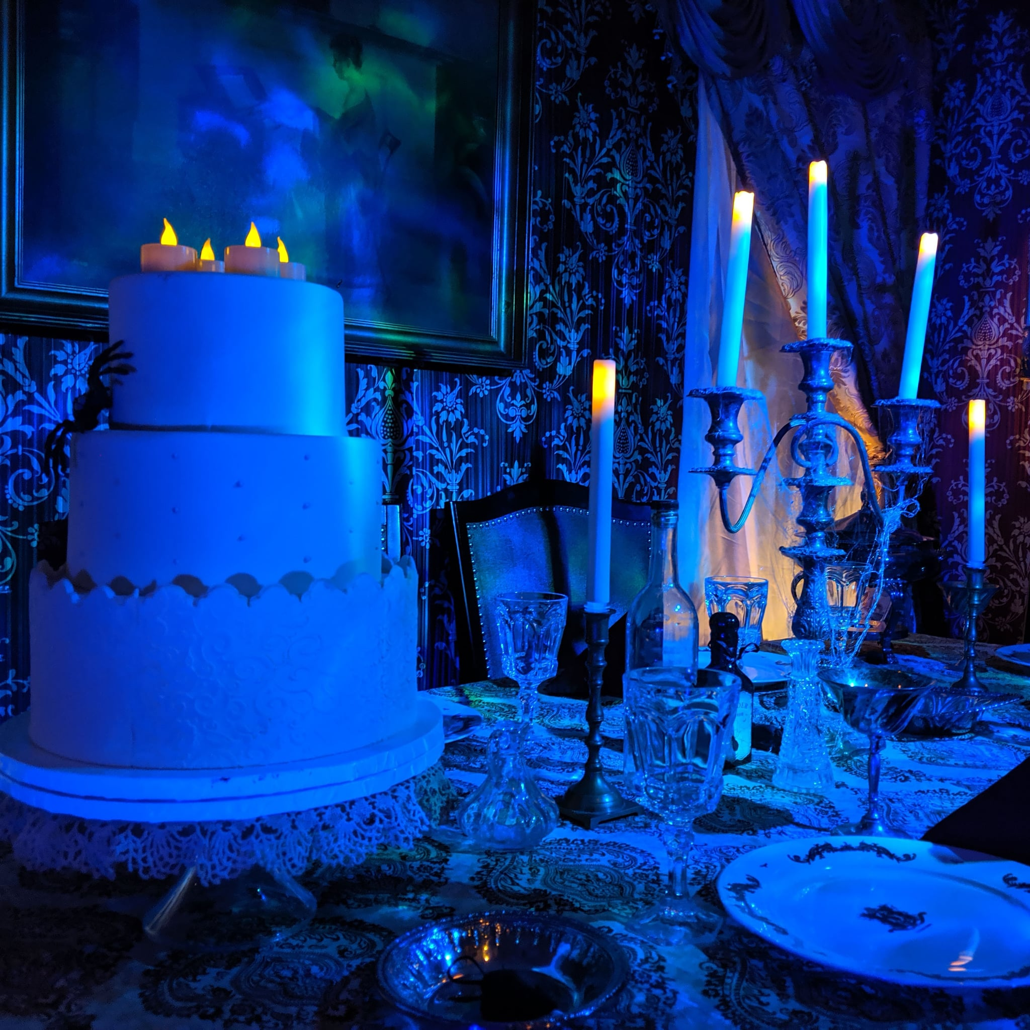 These Haunted Mansion Halloween Decorations Are Scary Good