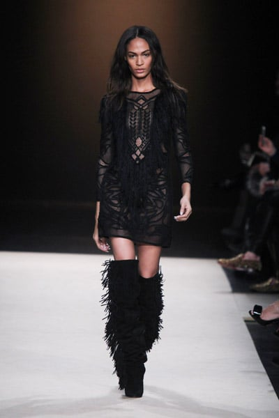 Can you blame us for wanting our own version of this Fall 2011 LBD in our closet? Here's hoping!