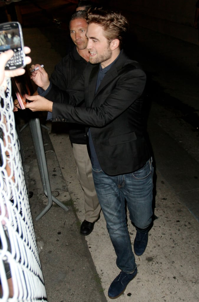"""Robert Pattinson, seen here arriving at Jimmy Kimmel Live! on August 23, showed that his sense of humour is still intact after the recent Kristen Stewart scandal when he joked with Jimmy about being """"homeless""""."""