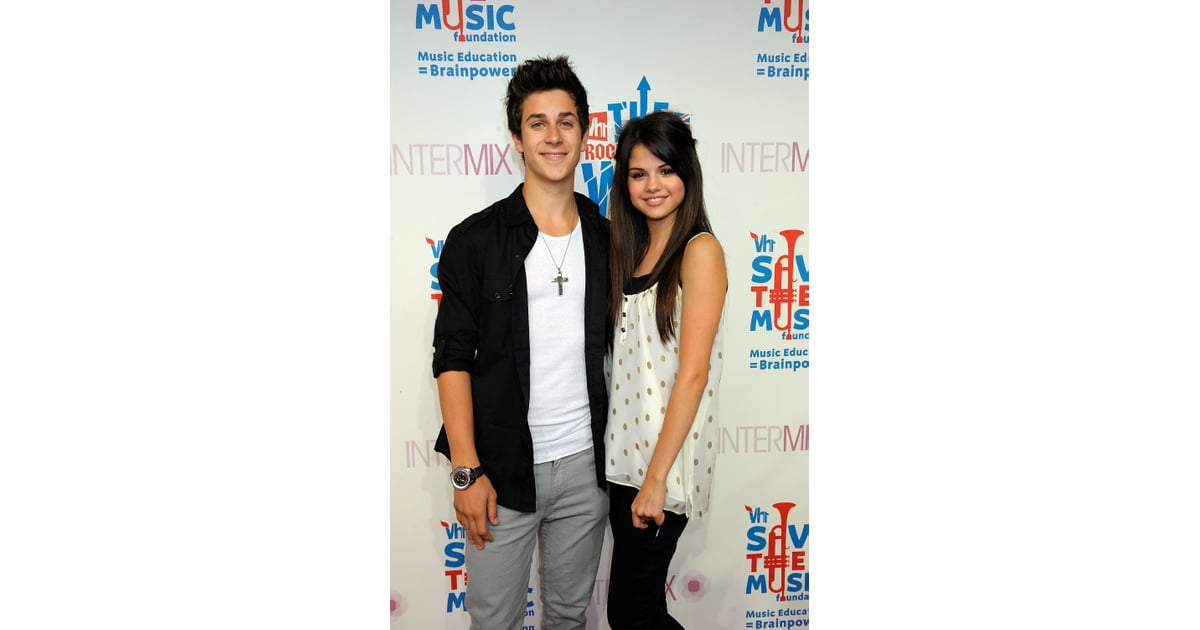 are selena gomez and david henrie dating