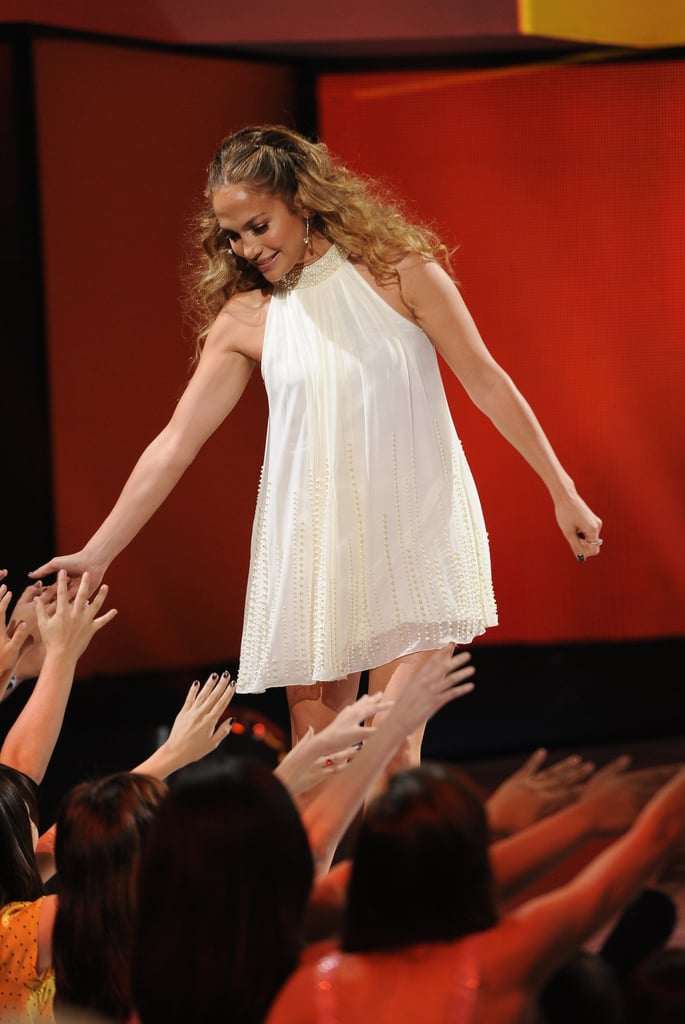 Jennifer Lopez high-fived the audience.