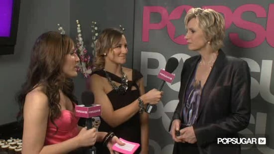 Video of Jane Lynch and Chris Colfer at the 2011 People's Choice Awards