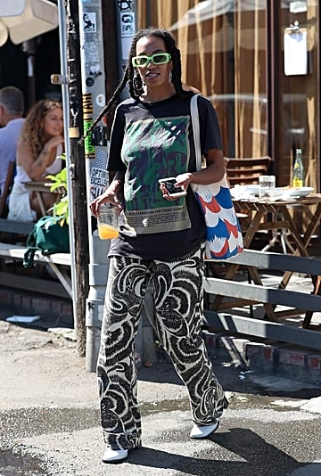 How to Wear Printed Pants 2019