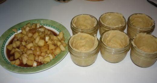 Yummy Link: Pies in a Jar