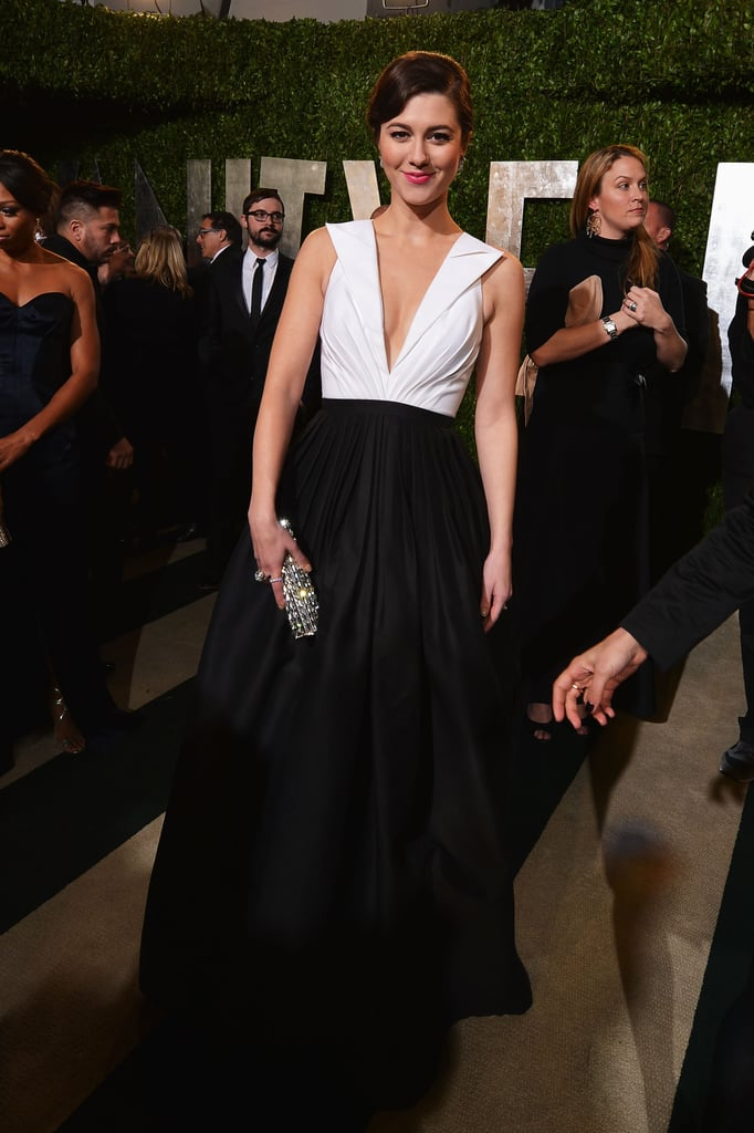 Mary Elizabeth Winstead picked a black-and-white gown and a sparkly Jimmy Choo clutch at the Vanity Fair bash.