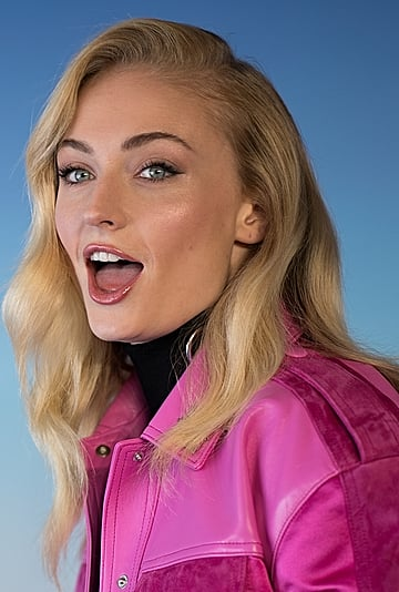 Sophie Turner Shares Her Thoughts on Low-Rise Jeans