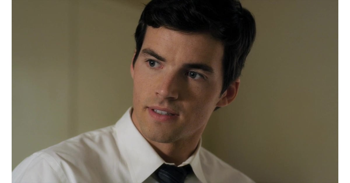 ezra fitz ian harding how old are the actors on pretty