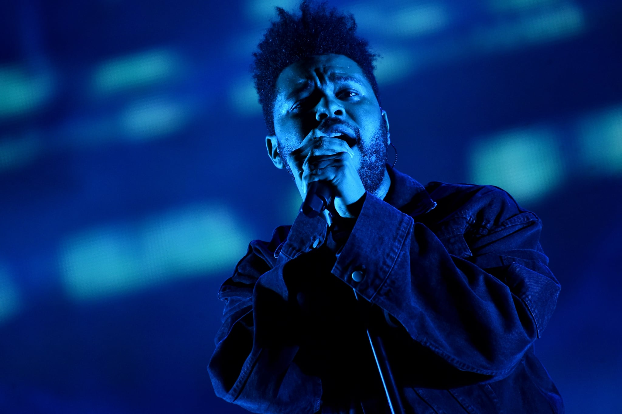 NEW YORK, NY - SEPTEMBER 29:  The Weeknd performs onstage during the 2018 Global Citizen Concert at Central Park, Great Lawn on September 29, 2018 in New York City.  (Photo by Steven Ferdman/WireImage)